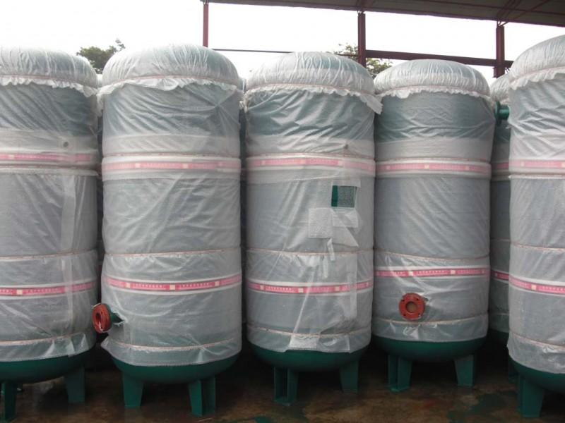 碳素钢储气罐(0.8—1.6Mpa)